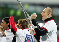 Fotball<br /> Play off VM 2006<br /> Tsjekkia v Norge <br /> Czech Republic v Norway<br /> 16.11.2005<br /> Foto: Morten Olsen, Digitalsport<br /> <br /> Jan Koller celebrating