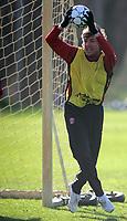 Photo: Paul Thomas.<br />Manchester United training session. UEFA Champions League. 06/03/2007.<br />Man Utd's Gabriel Heinze during training.