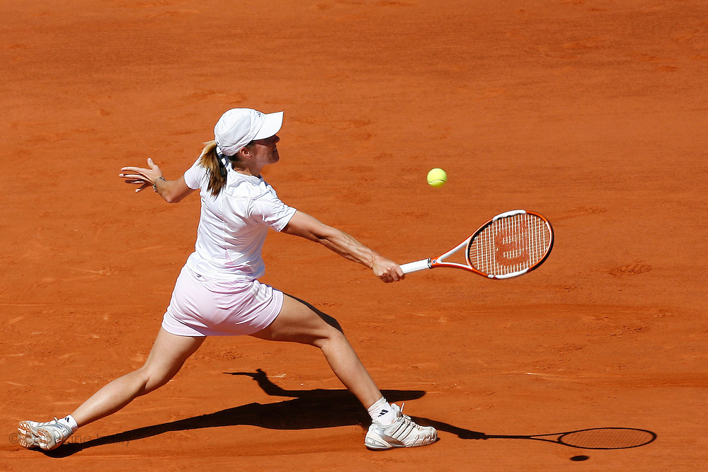 Roland Garros. Paris, France. June 10th 2006..Women's Final. Justine Henin-Hardenne against Svetlana Kuznetsova.