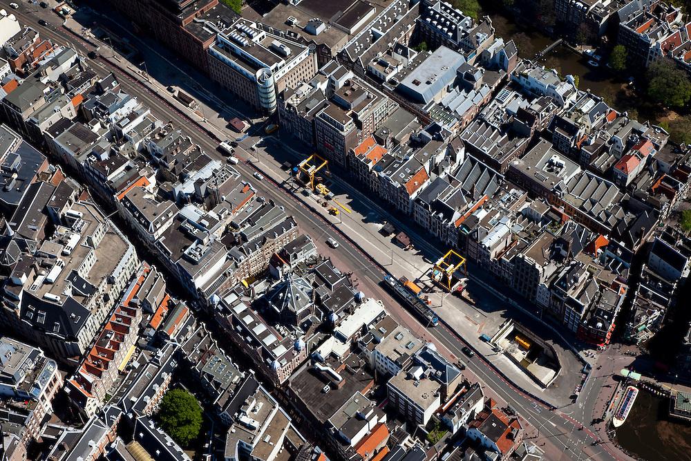 Nederland, Amsterdam, Rokin, 12-05-2009; Het gedempte gedeelte van het Rokin met bouwput voor het station Rokin van de Noord/Zuidlijn, .Swart collectie, luchtfoto (toeslag); Swart Collection, aerial photo (additional fee required).foto Siebe Swart / photo Siebe Swart