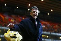 Fotball<br /> Carling Cup England<br /> 03.12.2003<br /> Aston Villa v Crystal Palace<br /> David O'Leary - Manager Villa<br /> Foto: Anders Hoven, Digitalsport