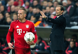 16.03.2016, Allianz Arena, Muenchen, GER, UEFA CL, FC Bayern Muenchen vs Juventus Turin, Achtelfinale, Rueckspiel, im Bild Franck Ribery (FC Bayern Muenchen), Trainer Massimiliano Allegri (Juventus) // during the UEFA Champions League Round of 16, 2nd Leg match between FC Bayern Munich and Juventus Turin at the Allianz Arena in Munich, Germany on 2016/03/16. EXPA Pictures © 2016, PhotoCredit: EXPA/ Johann Groder