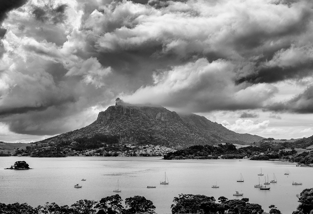 mt manaia from smugglers
