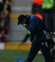 Photo: Lee Earle.<br /> Fulham v Stoke City. The FA Cup. 27/01/2007.Stoke manager Tony Pulis.