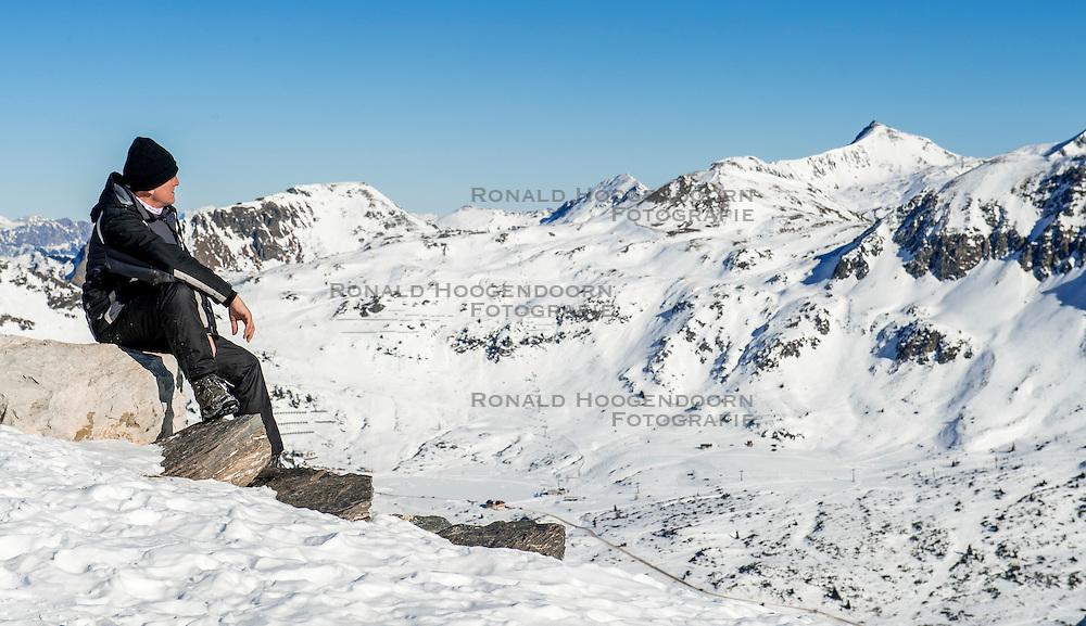 27-01-2017 AUT: BvdGF wintersportkamp dag 3, Obertauern<br /> Het 7de jaar wintersportkamp van de BvdGF is verhuisd naar Obertauern. Prachtige pistes, geweldig jeugdhotel en fantastisch weer maakt er weer een onvergetelijk kamp van / Ronald