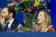 Prinses Beatrix is samen met prinses Margarita Bourbon de Parme in het publiek tijdens het paardenevenement Jumping Amsterdam in de RAI.<br /> <br /> Princess Beatrix with Princess Margarita Bourbon de Parme in the audience during the horse jumping event in Amsterdam RAI.<br /> <br /> Op de foto / On the photo:  prinses Margarita bourbon de parme en haar man tjalling ten cate
