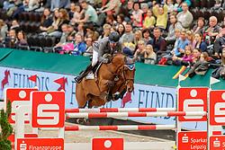 WEISHAUPT Philipp (GER), Ilana<br /> Leipzig - Partner Pferd 2020<br /> FUNDIS Youngster Tour<br /> 2. Qualifikation für 7jährige Pferde <br /> Springprfg. nach Fehlern und Zeit, int.<br /> Höhe: 1.35 m<br /> 18. Januar 2020<br /> © www.sportfotos-lafrentz.de/Stefan Lafrentz