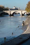 France. Paris. 4th district. Seine river quay des Celestins.  flooding. Seine river / le quai des Celestins