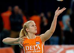 11-11-2007 VOLLEYBAL: PRE OKT: NEDERLAND - AZERBEIDZJAN: EINDHOVEN<br /> Nederland wint ook de de laatste wedstrijd. Azerbeidzjan verloor met 3-1 / Kim Staelens<br /> ©2007-WWW.FOTOHOOGENDOORN.NL