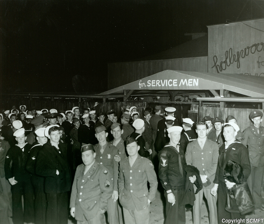 1944 Soldiers outside the Hollywood Canteen