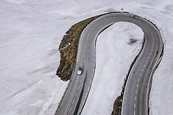THEMENBILD - ein Oldtimer Porsche 911 Cabrio in einer Kehre umringt vom Schnee. Die Hochalpenstrasse verbindet die beiden Bundeslaender Salzburg und Kaernten und ist als Erlebnisstrasse vorrangig von touristischer Bedeutung, aufgenommen am 11. Juni 2020 in Heiligenblut, Österreich // an oldtimer Porsche 911 Cabriolet in a turn surrounded by snow. The High Alpine Road connects the two provinces of Salzburg and Carinthia and is as an adventure road priority of tourist interest, Heiligenblut, Austria on 2020/06/11. EXPA Pictures © 2020, PhotoCredit: EXPA/ JFK