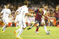 Real Madrid´s Isco and Xabi Alonso and F.C. Barcelona´s Leo Messi (R) during the Spanish Copa del Rey `King´s Cup´ final soccer match between Real Madrid and F.C. Barcelona at Mestalla stadium, in Valencia, Spain. April 16, 2014. (ALTERPHOTOS/Victor Blanco)