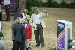 Hendri Prudent, (FRA) explaining to Nena and Axel Verlooy<br />  Longines FEI World Cup™ Jumping Final Las Vegas 2015<br />  © Hippo Foto - Dirk Caremans<br /> Final III round 2 - 19/04/15