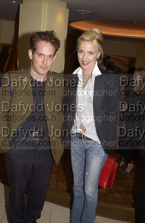 tom Hollander and Daphne Guinness. Uncle Vanya, Donmar Warehouse and afterwards at 1 Aldwych. 30 September 2002. © Copyright Photograph by Dafydd Jones 66 Stockwell Park Rd. London SW9 0DA Tel 020 7733 0108 www.dafjones.com