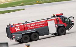 THEMENBILD - das Flugfeldlöschfahrzeug des Flughafen Innsbruck, Österreich, aufgenommen am 09.07.2015 // a airfield fire truck at the Innsbruck Airport, Austria on 2015/07/09. EXPA Pictures © 2015, PhotoCredit: EXPA/ Jakob Gruber