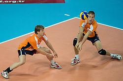 01-07-2012 VOLLEYBAL: EUROPEAN LEAGUE TURKIJE - NEDERLAND: ANKARA<br /> Nederland wint de European League 2012 door Turkije met 3-2 te verslaan / <br /> Jelte Maan (#5 NED), Thijs Ter Horst (#4 NED)<br /> ©2012-FotoHoogendoorn.nl/Conny Kurth