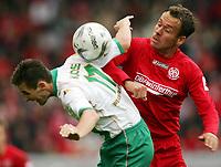 Fotball<br /> Bundesliga Tyskland 2004/05<br /> Mainz v Werder Bremen<br /> 16. oktober 2004<br /> Foto: Digitalsport<br /> NORWAY ONLY<br /> Miroslav KLOSE Werder, Nikolce NOVESKI