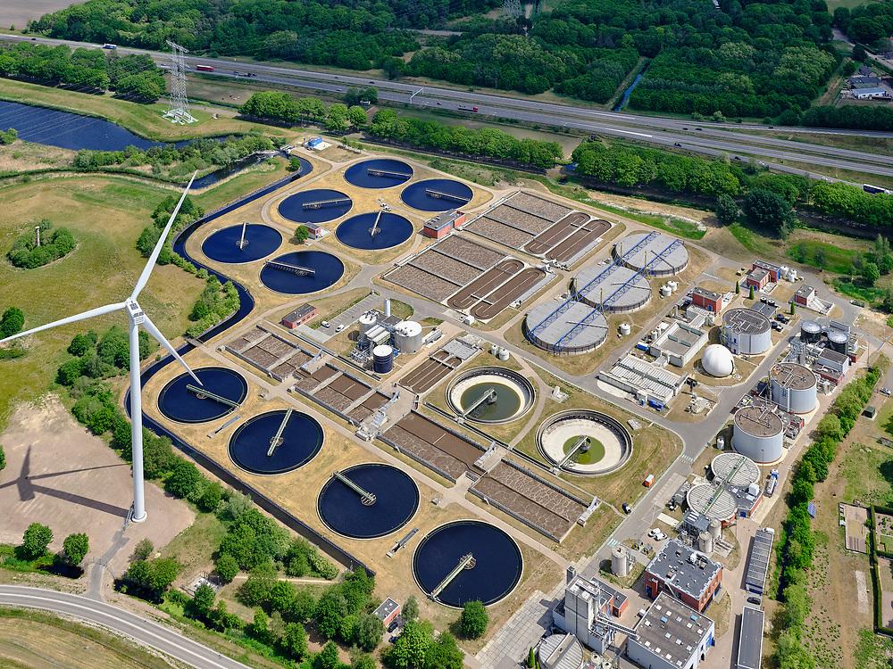 Nederland, Noord-Brabant, Tilburg, 14-05-2020; Vloeiveldweg, RWZI Tilburg, Rioolwaterzuiveringsinstallatie.<br /> RWZI Tilburg, sewage treatment plant.<br /> <br /> aerial photo (additional fee required);<br /> copyright foto/photo Siebe Swart