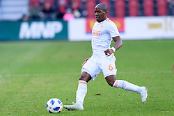October 28, 2018 - Toronto, ON, U.S. - TORONTO, ON - OCTOBER 28: Darlington Nagbe (6) of Atlanta United FC passes the ball during the first half of the MLS Decision Day match between Toronto FC and Atlanta United FC on October 28, 2018, at BMO Field in Toronto, ON, Canada. (Photograph by Julian Avram/Icon Sportswire) (Credit Image: © Julian Avram/Icon SMI via ZUMA Press)