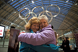 © Licensed to London News Pictures. 19/01/2012. London, U.K. Competitors take part in  world's Longest marathon hug attempt at St. Pancras station, London on January 19th, 2012. Competitors are attempting to break the Guinness World Record for the world's Longest hug. Photo credit : Rich Bowen/LNP