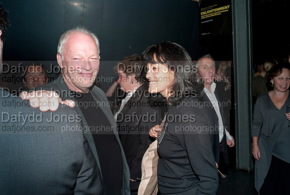 DAVID GILMOUR; POLLY SAMPSON, Enlightenment, Gala night, Hampstead Theatre, Swiss Cottage, London. 5 October 2010. -DO NOT ARCHIVE-© Copyright Photograph by Dafydd Jones. 248 Clapham Rd. London SW9 0PZ. Tel 0207 820 0771. www.dafjones.com.