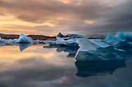 Even though December is the darkest month in Iceland, this month is all about light. <br /> Because of the country´s high latitude, days in Winter are rather short. For example, the longest day in the middle of December is only 5 hours long: sunrise is at around 11 am and sunset between 3 and 4 pm.