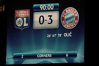 FOOTBALL - UEFA CHAMPIONS LEAGUE 2009/2010 - 1/2 FINAL - 2ND LEG - OLYMPIQUE LYONNAIS v BAYERN MUNCHEN - 27/04/2010 - PHOTO GUY JEFFROY / DPPI - FINAL SCORE BOARD
