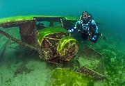 Scuba diver at the Sessna Aircraft at Dutch Springs, Bethlehem