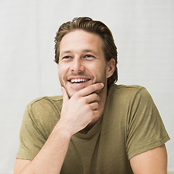 October 22, 2016 - Hollywood, California, U.S. - Luke Bracey stars in the movie Hacksaw Ridge (Credit Image: © Armando Gallo/Arga Images via ZUMA Studio)