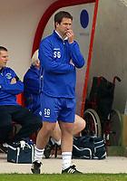 Photo: Paul Thomas.<br /> Blackpool v Swansea City. Coca Cola League 1. 15/04/2006.<br /> <br /> Blackpool manager Simon Grayson.