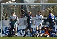 Fotball - 5. mai 2002 - Stabæk - Sogndal 4-0 Nadderud Stadion. Stabæk gjør 2-0. Sogndal fortviler.<br /> <br /> Foto: Andreas Fadum, Digitalsport