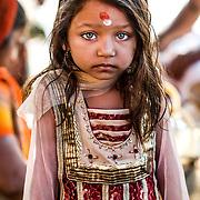 2010 04 19 Varanasi Uttar Pradesh Indien<br /> Porträtt av en liten flicka<br /> ----<br /> FOTO : JOACHIM NYWALL KOD 0708840825_1<br /> COPYRIGHT JOACHIM NYWALL<br /> <br /> ***BETALBILD***<br /> Redovisas till <br /> NYWALL MEDIA AB<br /> Strandgatan 30<br /> 461 31 Trollhättan<br /> Prislista enl BLF , om inget annat avtalas.
