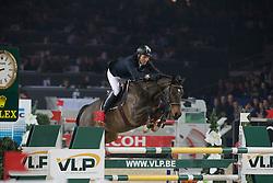 Moneta Luca Maria (ITA) - Connery<br /> Prijs KBC Bank & Verzekeringen<br /> Flanders Christmas Jumping - Mechelen 2012<br /> © Dirk Caremans