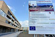 Nederland, Nijmegen, 1-7-2014Het nieuwe wijkcentrum voor de wijk, stadsdeel, het waterkwartier is klaar. erboven zijn serviceappartementen gebouwd.Foto: Flip Franssen/Hollandse Hoogte