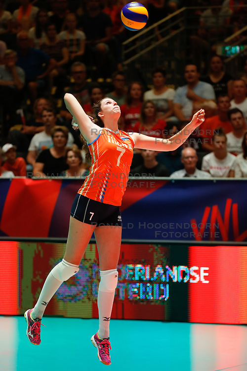 20180529 NED: Volleyball Nations League Netherlands - Poland, Apeldoorn<br />Juliet Lohuis (7) of The Netherlands <br />©2018-FotoHoogendoorn.nl