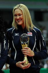 29-08-2010 VOLLEYBAL: WGP FINAL AWARDING CEREMONY: BEILUN NINGBO<br /> The World Grand Prix Award 2010 for Jennifer Tamas<br /> ©2010-WWW.FOTOHOOGENDOORN.NL