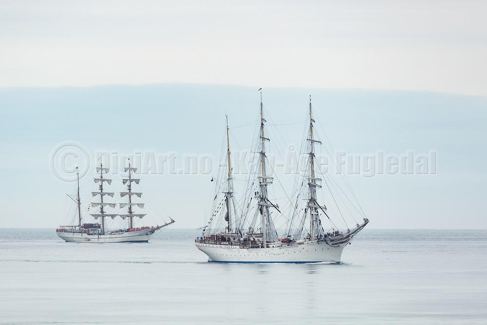 Legends of the sea. Old sailboats attending to the Tall Ship Races, on their way to Ålesund. From left: Guayas, Statsraad Lehmkuhl   Legender på sjøen. Gamle seilbåter som er med i The Tall Ships Races, på vei til Ålesund.