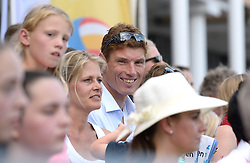 17-07-2014 NED: FIVB Grand Slam Beach Volleybal, Apeldoorn<br /> Poule fase groep A mannen - Reinder Nummerdor (1), Steven van de Velde (2) NED, Chaim Schalk (1), Ben Saxton (2) CAN / Bas van de Goor
