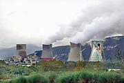 Frankrijk, Montelimar, 2-11-2019  Kerncentrale van de EDF, electricite de France, van Cruas Meysse aan de Rhone in het Rhonedal.Foto: Flip Franssen