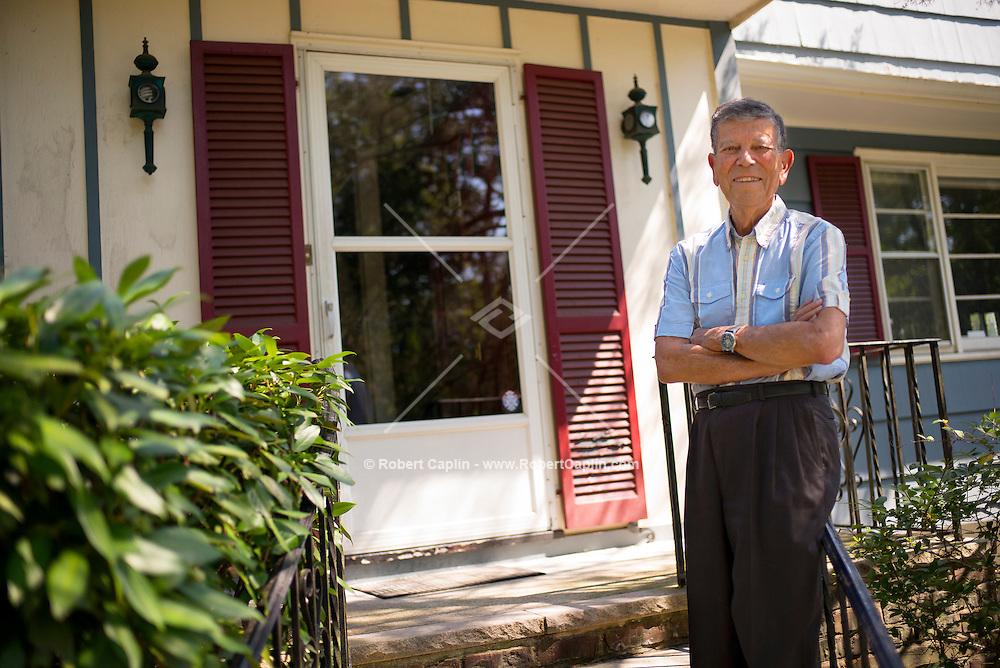 Dr. Michael Och at his home in New Jersey. Photo © Robert Caplin