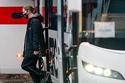 Laura van der Heijden gets off the bus for training during the Women's EHF Euro 2020 at Sydbank Arena on December 9, 2020 in Kolding, Denmark (Photo by RHF Agency / Ronald Hoogendoorn)