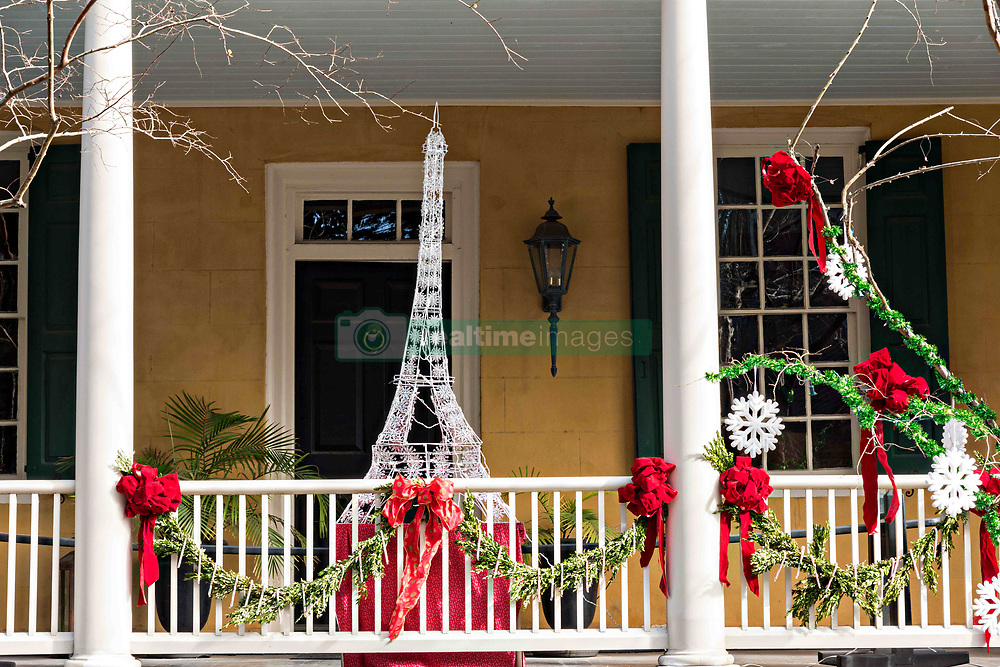 December 21, 2017 - Charleston, South Carolina, United States of America - A historic home decorated for Christmas with an Eiffel Tower on Lagare Street in Charleston, SC. (Credit Image: © Richard Ellis via ZUMA Wire)
