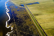 Nederland, Friesland, Gemeente Sudwest-Fryslan, 28-02-2016; <br /> Ten noordwesten van Workum, Polder Geele Strand en grenzend aan het IJsselmeer het natuurreservaat de Workumerwaard.<br /> Polder near the IJssel lake (IJsselmeer).<br /> luchtfoto (toeslag op standard tarieven);<br /> aerial photo (additional fee required);<br /> copyright foto/photo Siebe Swart