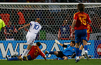 Photo: Glyn Thomas.<br />Spain v France. Round 2, FIFA World Cup 2006. 27/06/2006.<br /> France's Zinedine Zidane (L) scores his side's third goal.