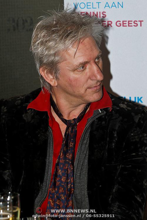 NLD/Amsterdam/20100310 - Presentatie van de 4de editie van het blad Helden, Rick de Leeuw