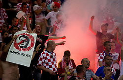 18.06.2012, Arena Gdansk, Danzig, POL, UEFA EURO 2012, Kroatien vs Spanien, Gruppe C, im Bild Fans of Croatia // during the UEFA Euro 2012 Group C Match between Croatia and Spain at the Arena Gdansk, Gdansk, Poland on 2012/06/18. EXPA Pictures © 2012, PhotoCredit: EXPA/ Sportida/ Vid Ponikvar..***** ATTENTION - OUT OF SLO *****