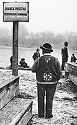 Przystań flisacka w Kątach, początek lat 80. XX wieku
