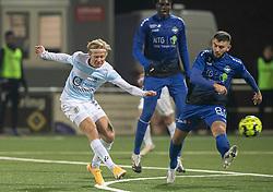 Carl Lange (FC Helsingør) udligner til 1-1 under kampen i 1. Division mellem HB Køge og FC Helsingør den 4. december 2020 på Capelli Sport Stadion i Køge (Foto: Claus Birch).