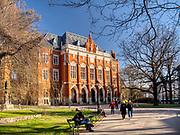 Collegium Novum Uniwersytetu Jagiellońskiego – widok od strony zachodniej.