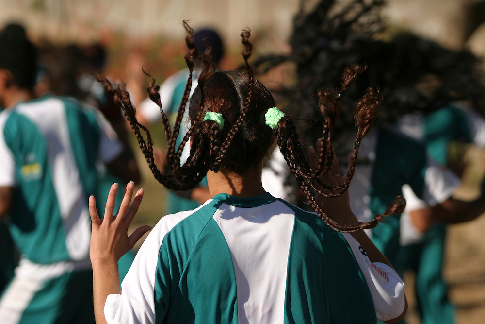 Sarzedo_MG, Brasil...Adolescentes fazendo Street Dance do Projeto Fred, na cidade de Sarzedo, Minas Gerais...Teenagers doing Street Dance in the Fred project, in Sarzedo, Minas Gerais...Foto: BRUNO MAGALHAES / NITRO
